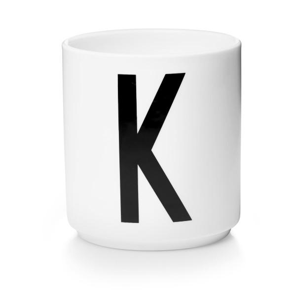 Design Letters Porzellan Becher Weiß Buchstabe K