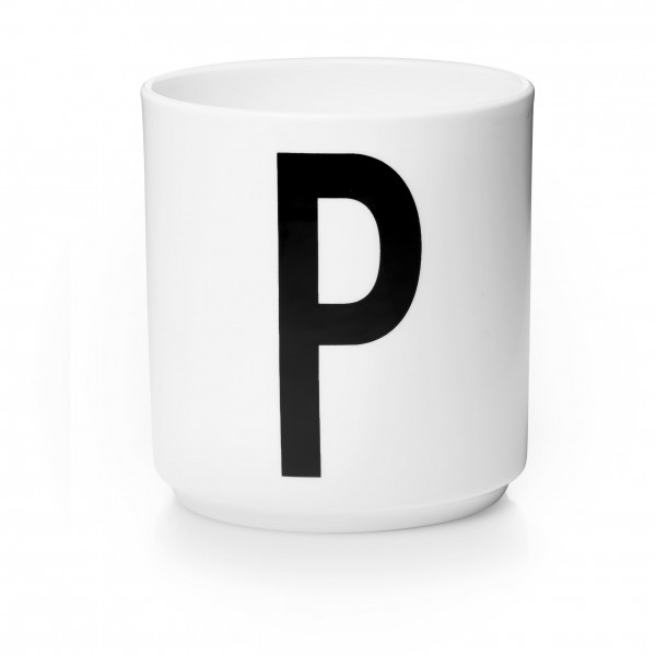 Porzellan Becher Weiß P von Design Letters