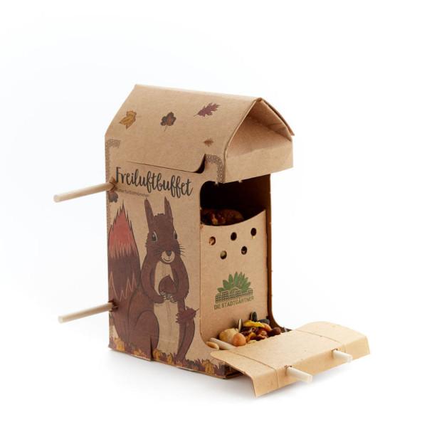 Freiluftbuffet Eichhörnchen von Die Stadtgärtner